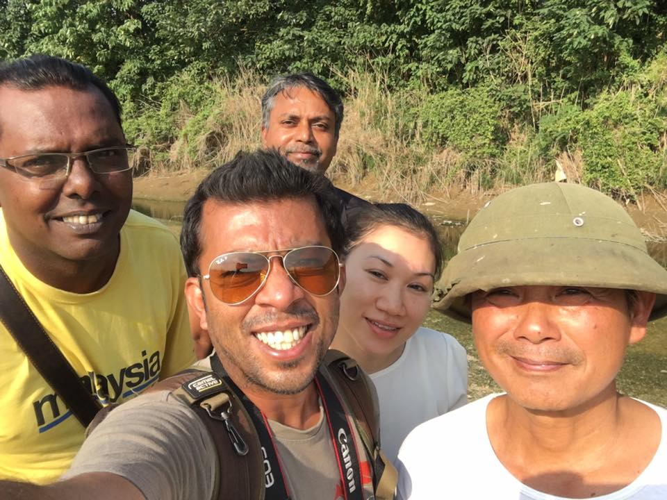 Ajesh (centre) at Vietnam. Image credit: Ajesh Suresh