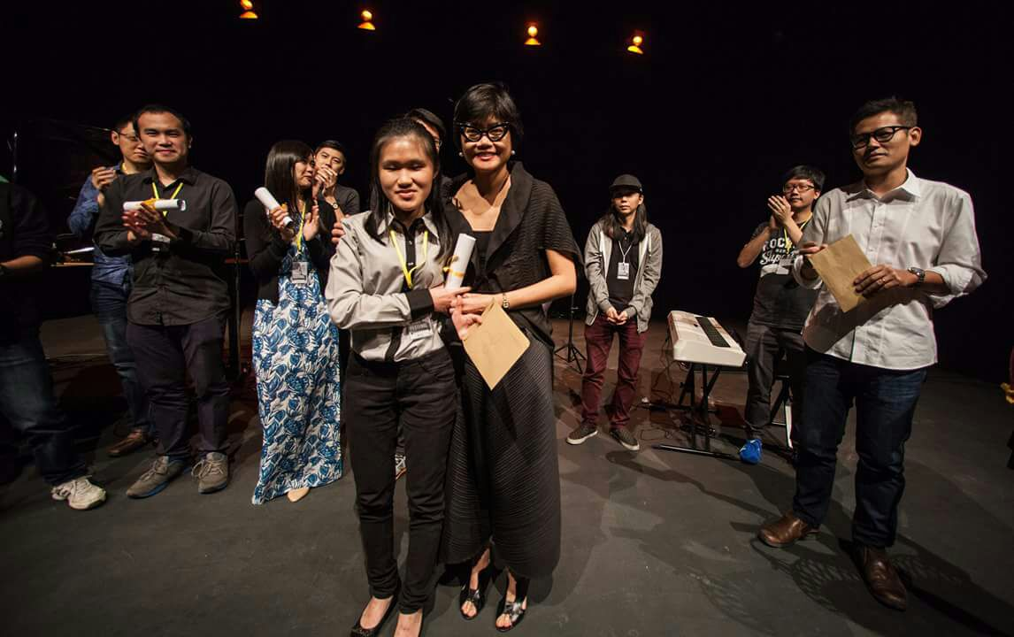 No Black Tie's founder, Sarawakian born-US trained classical pianist Evelyn Hii with Samantha. Image credit: Jessy Liew