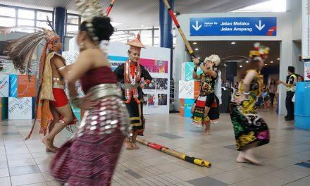 Stalling rush hour through the Iban dance form at the Masjid Jamek LRT